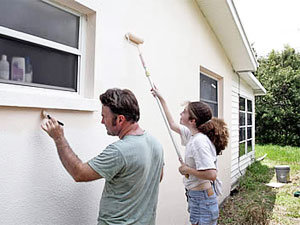 Painting your home to keep carpenter bees infestation