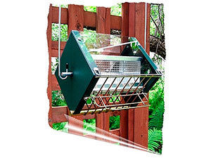 Grackle Proof Bird Feeder by RollerFeeder